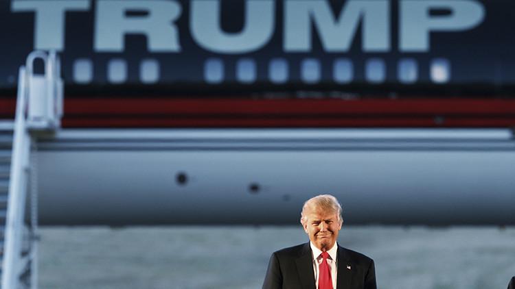 Trump afirma que no sabe nada sobre el Ku Klux Klan y no lo condena