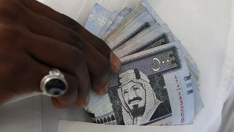 Tres razones por las que Arabia Saudita necesita dinero urgentemente