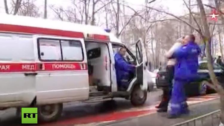 Padres de la niña decapitada, en estado de 'shock' y fueron atendidos por médicos (VIDEO)
