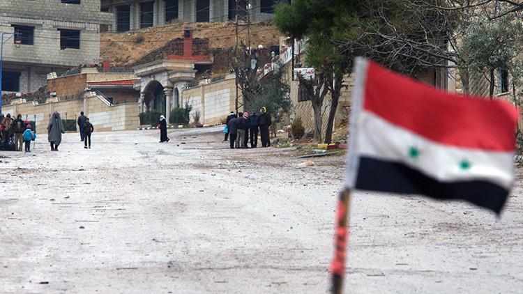 """'The Guardian': """"En Siria EE.UU. y Rusia son rivales que se necesitan mutuamente"""""""