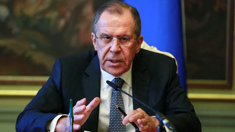 Lavrov: Las acusaciones contra Rusia se desmoronan al recordar Yugoslavia, Irak y Libia