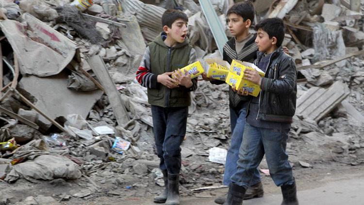 Exclusiva: RT asiste al reparto de ayuda humanitaria en Siria
