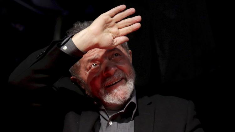 Brasil: La Policía interroga al expresidente Lula da Silva por el caso Petrobras