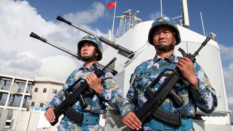 """""""China encontró los puntos débiles de EE.UU., que vive en una ilusión de omnipotencia"""""""