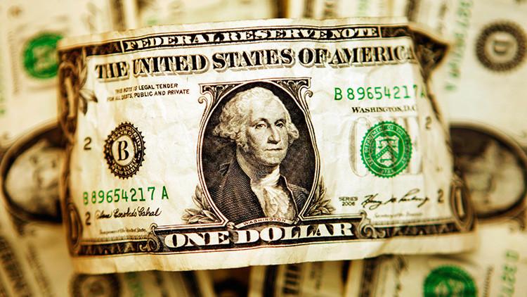 """Por qué el dólar es la divisa """"más peligrosa de todas"""""""