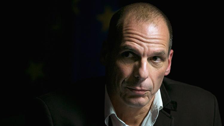 """Varufakis: """"Grecia puede convertirse en un campo de concentración para los refugiados"""""""