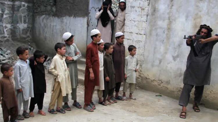 El Estado Islámico aplica métodos de los nazis para entrenar a niños