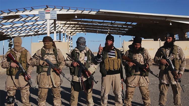Video: Las deserciones en masa minan al Estado Islámico