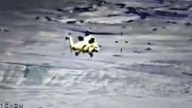 Video: Un helicóptero iraquí arrasa posiciones del Estado Islámico