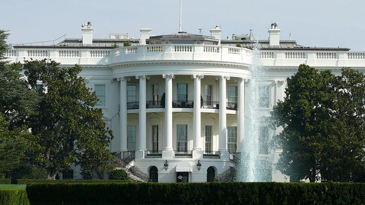 Estados Unidos prolonga un año más las sanciones contra Irán