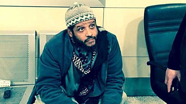 Condenan a un veterano del Ejército de EE.UU. por intentar unirse al Estado Islámico