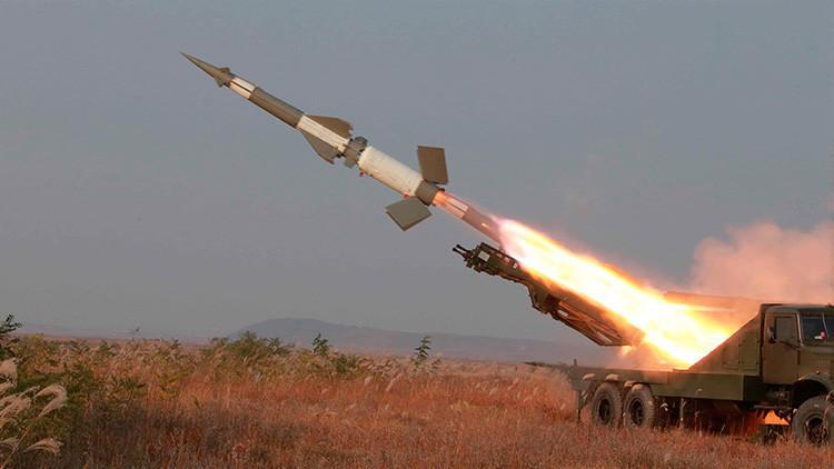 Pionyang dispara misiles en plenos ejercicios militares de EE.UU. y Seúl