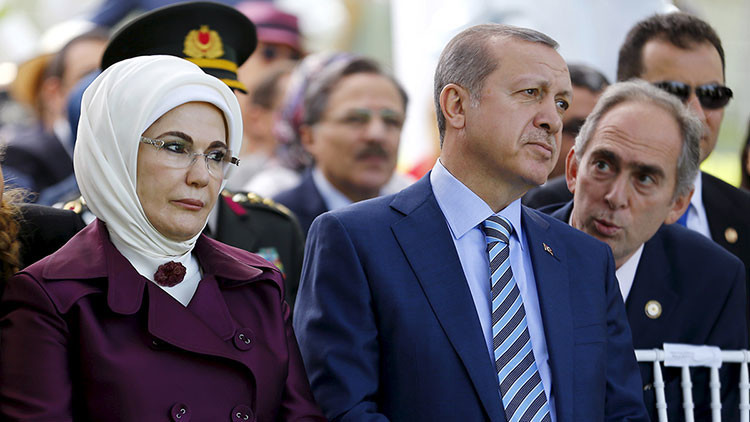"""La esposa de Erdogan: Los harenes del Imperio otomano fueron """"escuelas de vida"""""""