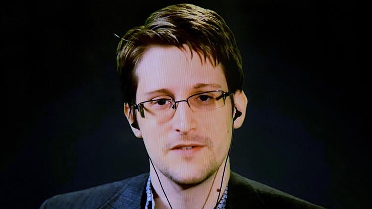 """Snowden: """"Cada vez que algún español utiliza la tecnología para comunicarse, se genera un registro"""""""