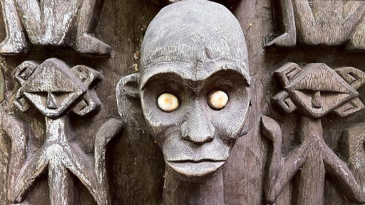 Cuidado con los selfis: Estos chamanes los utilizan en la magia negra