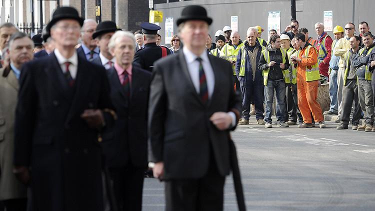 Reino Unido deportará a los trabajadores extranjeros que ganen menos de 50.000 dólares al año