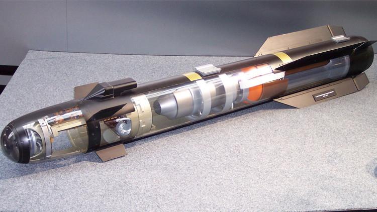 Hallan dos misiles que viajaban rumbo a EE.UU. en un avión de pasajeros