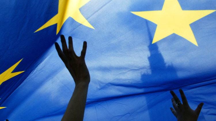 ¿Podrá sobrevivir la UE? Los 'cuatro jinetes del apocalipsis' galopan hacia Europa