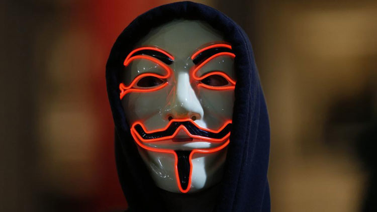 "Anonymous declara la ""guerra total"" a Donald Trump (Video)"