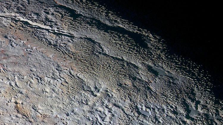 La región de Tartarus Dorsa en Plutón