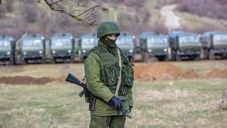 Rusia lanza en Crimea amplios ensayos militares de un regimiento de misiles antiaéreos