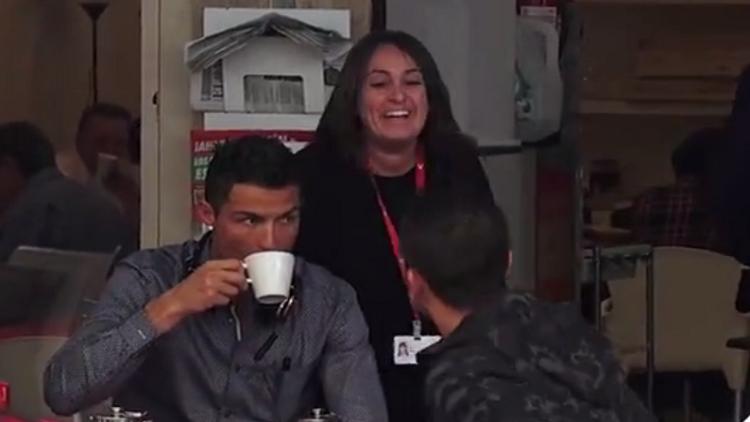 Cristiano Ronaldo salió para tomar un té y le pasó esto