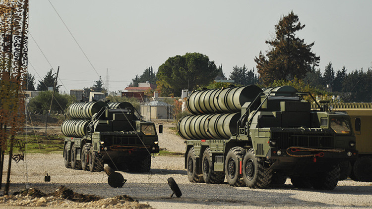"""Putin: """"Emplearemos los sistemas de defensa aérea contra quienes nos amenacen"""""""
