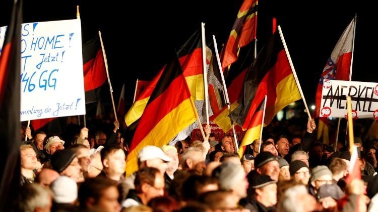 Partidarios del AfD durante una manifestación antigubernamental en Erfurt, Alemania.