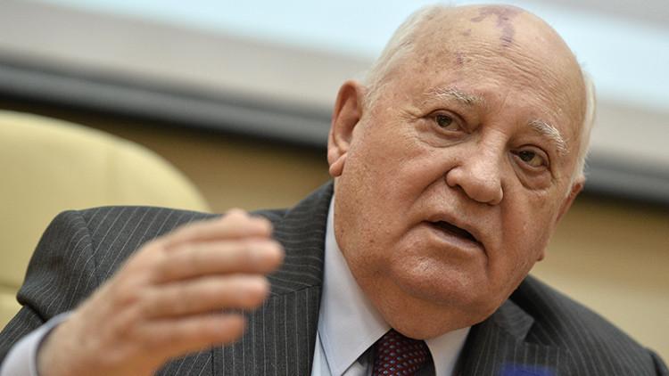 """Gorbachov: """"Los intentos de aislar a Rusia no tienen sentido"""""""