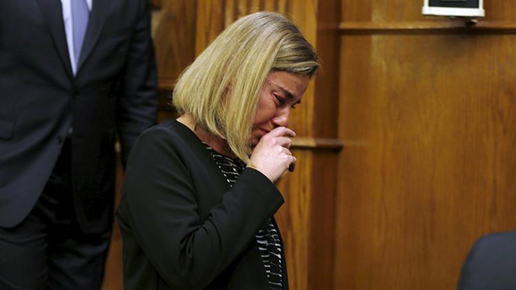 Video: Mogherini se echa a llorar mientras declara sobre los ataques en Bruselas