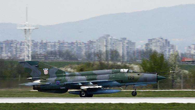 """Observador militar: Ucrania """"se ha cargado"""" nueve cazas MiG-21 de Croacia que debía reparar"""