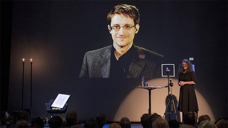 Snowden explica por qué no debemos confiar en Microsoft