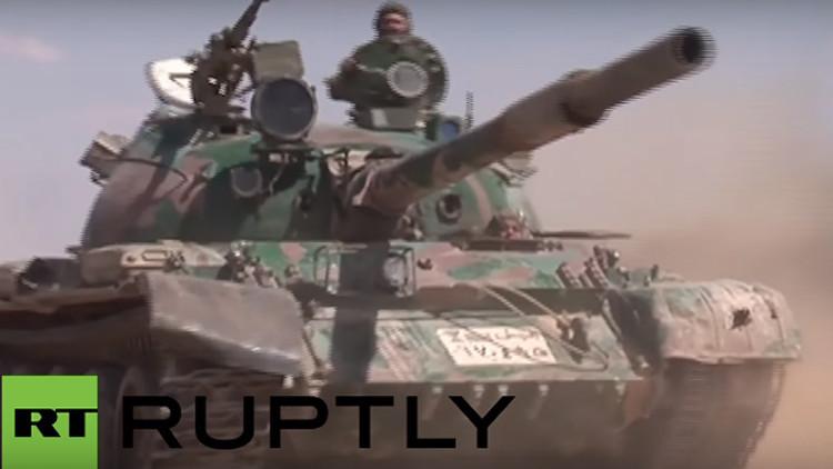 Primeras imágenes: El Ejército sirio avanza hacia Palmira