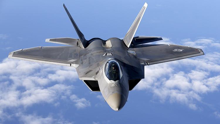 Un empresario chino admite que pirateó datos secretos de cazas estadounidenses F-22 y F-35