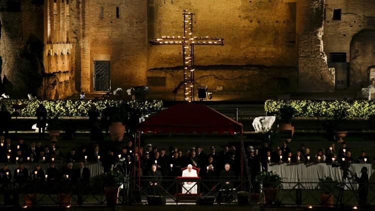 """El papa Francisco denuncia la """"conciencia anestesiada"""" de Europa en relación a los inmigrantes"""