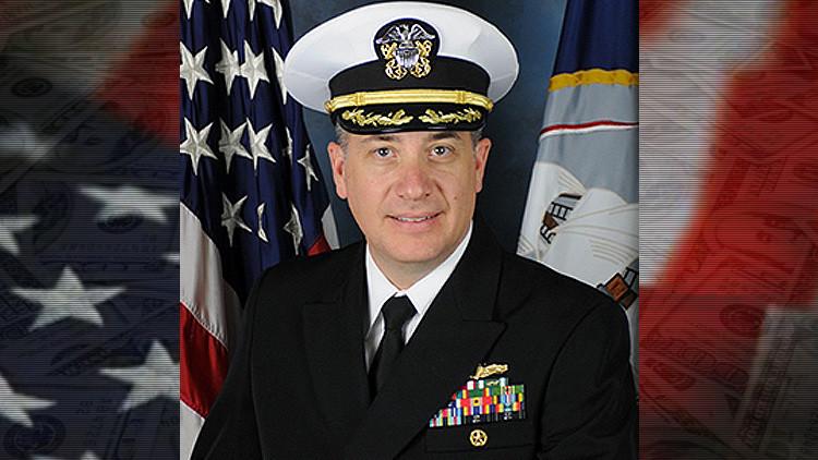 Sentencian a 4 años de prisión por corrupción a un capitán naval de EE.UU.