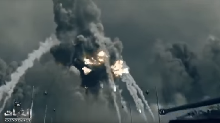 El Estado Islámico hace 'explotar' la torre Eiffel en un video propagandístico