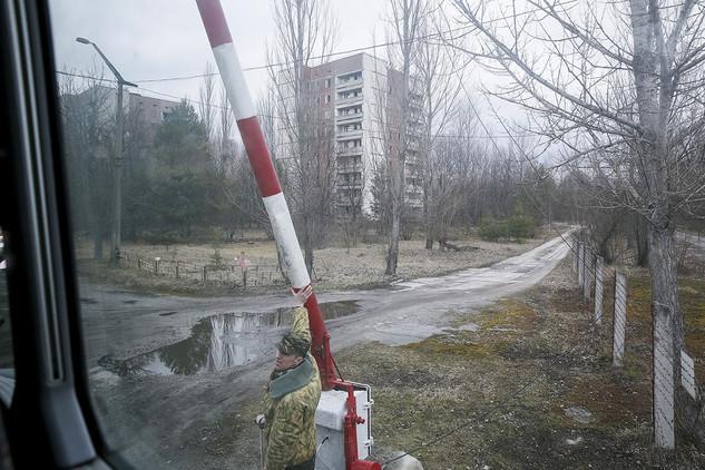 56f7587ec4618867338b4587 En la ola de la fama una de las mejores serie de historia, #Chernóbil vuelve a asombrar a los amantes del arte