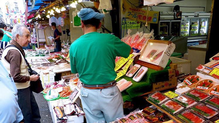 Jubilados japoneses roban en tiendas para ir a la cárcel