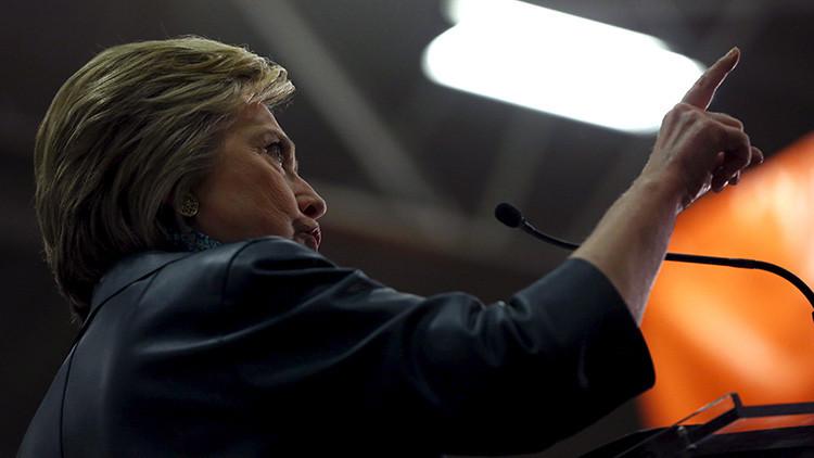 Hillary Clinton promete desclasificar la misteriosa Área 51