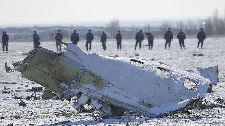Cajas negras del Boeing de Flydubai revelan conflicto y pánico entre pilotos antes de la caída fatal