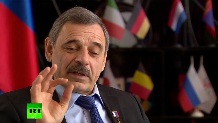 Un astronauta de EE.UU. rompe la regla de no hablar sobre política para apoyar a Rusia