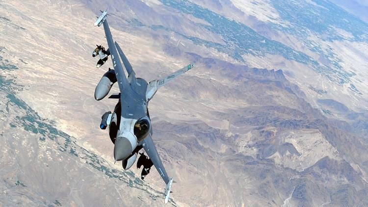 Afganistán: Se estrella un caza F-16 de EE.UU.