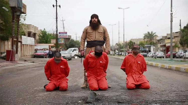 El Estado Islámico graba y difunde la decapitación de un soldado kurdo