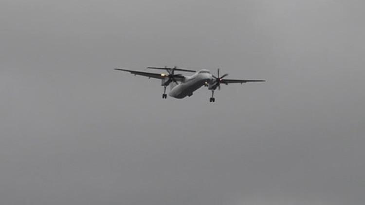 Sobrecogedor video: Un avión, al filo del desastre al aterrizar durante la tormenta Katie