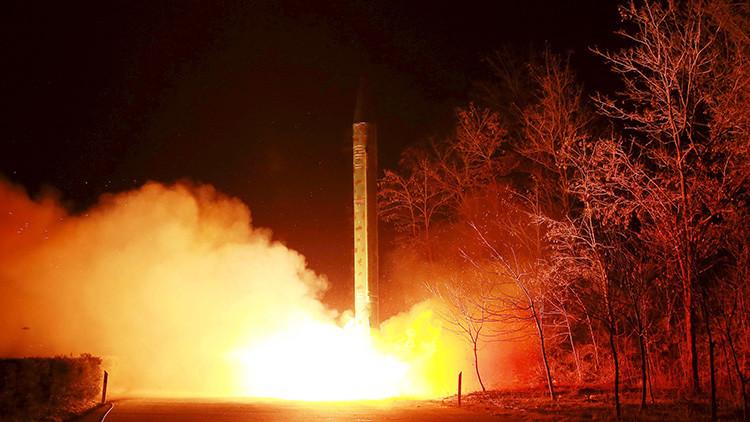 Lanzamento de un misil balístico norcoreano el 11 de marzo de 2016.