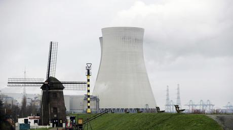 La planta nuclear de Doel, Bélgica