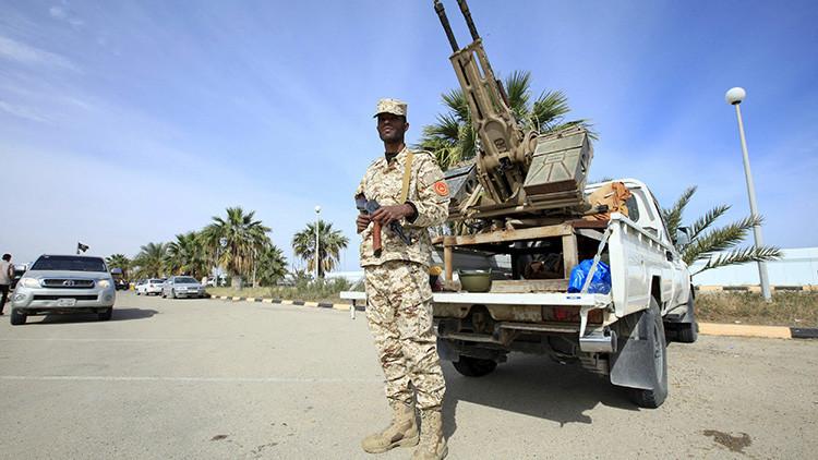 Francia discute lanzar una nueva intervención militar en Libia