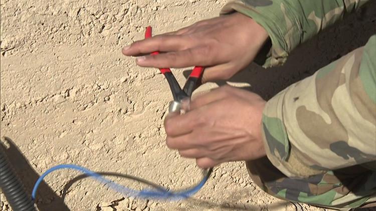 Dramático momento en que los ingenieros sirios detonan minas dejadas por el Estado Islámico (Video)