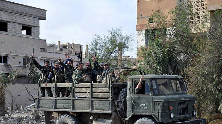 """Putin ha dado una lección a """"las cobardes democracias"""" de Occidente al liberar Palmira"""